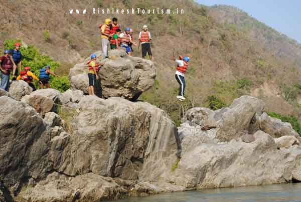 Rishikesh TOURISM :- Cliff Jumping In Rishikesh